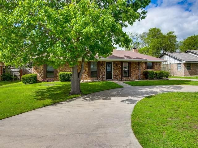 302 Creekside Drive, Crandall, TX 75114 (MLS #14314838) :: RE/MAX Landmark