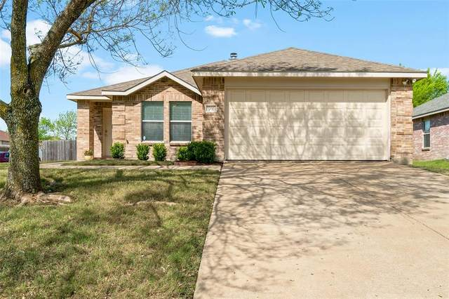 701 Pickwick Lane, Wylie, TX 75098 (MLS #14314931) :: Hargrove Realty Group