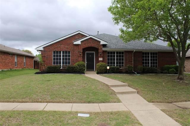 110 Arbor Ridge Drive, Allen, TX 75002 (MLS #14315038) :: Tenesha Lusk Realty Group