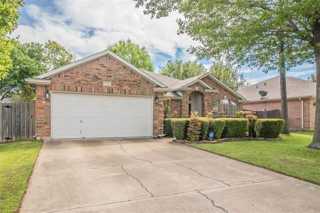 4458 Prairie Lane, Grand Prairie, TX 75052 (MLS #14315059) :: RE/MAX Landmark