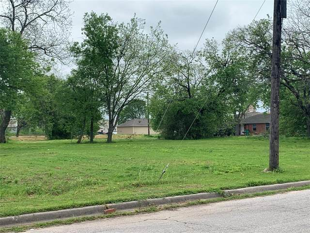 408 Throckmorton Street, Gainesville, TX 76240 (MLS #14315215) :: All Cities USA Realty