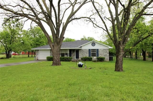 105 Smith Street, Tioga, TX 76271 (MLS #14315946) :: All Cities USA Realty