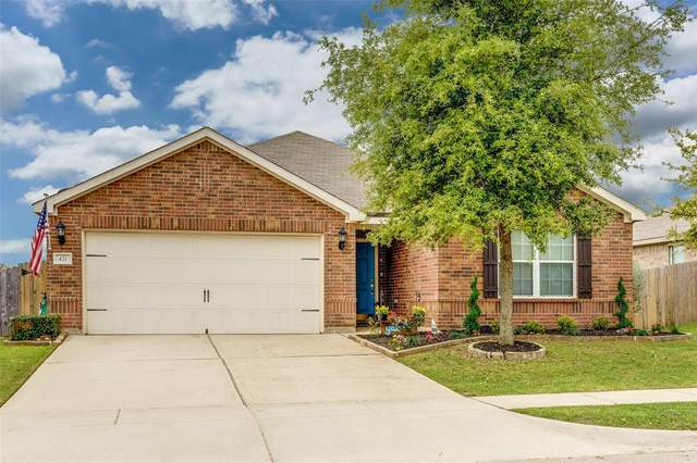 421 Shady Shore Lane, Crowley, TX 76036 (MLS #14315993) :: All Cities USA Realty