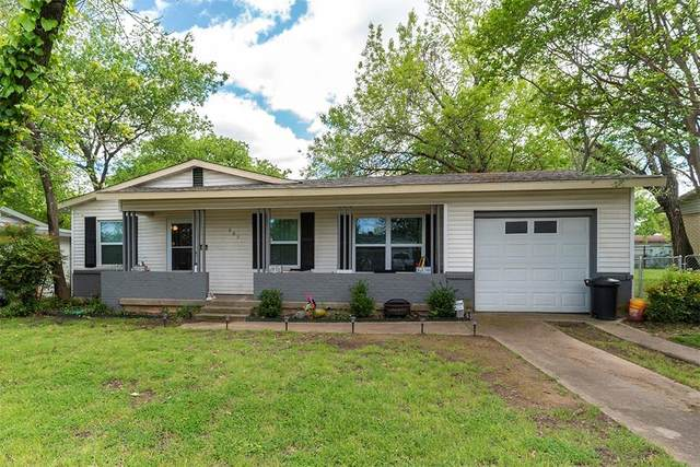 237 W Cedar Street, Hurst, TX 76053 (MLS #14315996) :: The Mitchell Group