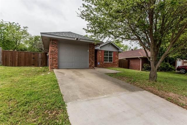 1300 Paco Trail, Denton, TX 76209 (MLS #14316065) :: Trinity Premier Properties