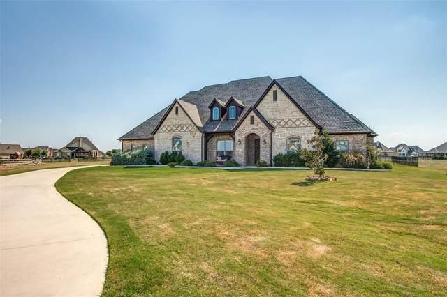 13401 Prairie Chapel Trail, Justin, TX 76247 (MLS #14316071) :: All Cities USA Realty