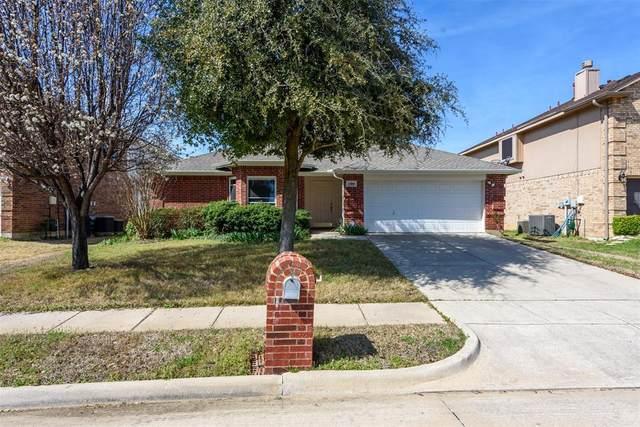 7316 Livingston Drive, Denton, TX 76210 (MLS #14316265) :: Trinity Premier Properties