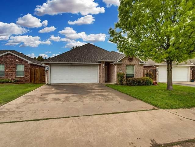 413 Blake Lane, Midlothian, TX 76065 (MLS #14316318) :: Century 21 Judge Fite Company