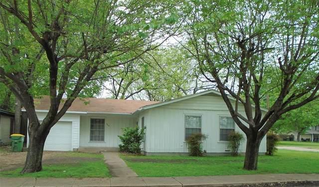309 Scurlock Street, Grandview, TX 76050 (MLS #14316328) :: The Chad Smith Team