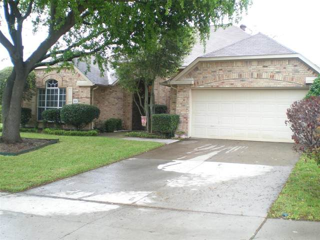 6318 Warwick Drive, Rowlett, TX 75087 (MLS #14316381) :: The Welch Team
