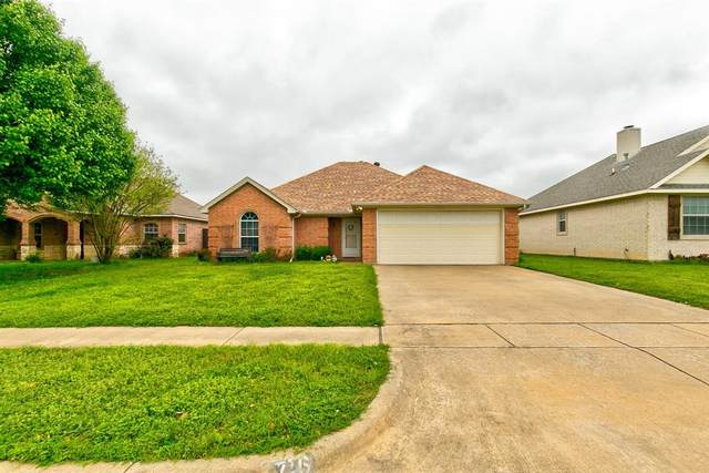 717 Remington Drive, Cleburne, TX 76033 (MLS #14316416) :: The Sarah Padgett Team