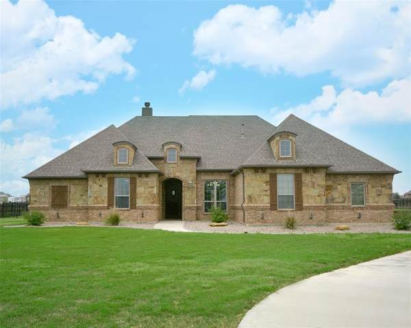 15300 Sam Reynolds Road, Justin, TX 76247 (MLS #14316462) :: Justin Bassett Realty