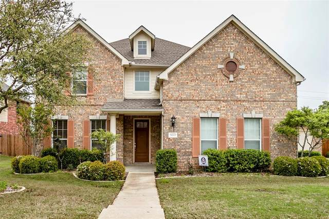 5233 Winterberry Court, Fort Worth, TX 76244 (MLS #14316695) :: Trinity Premier Properties