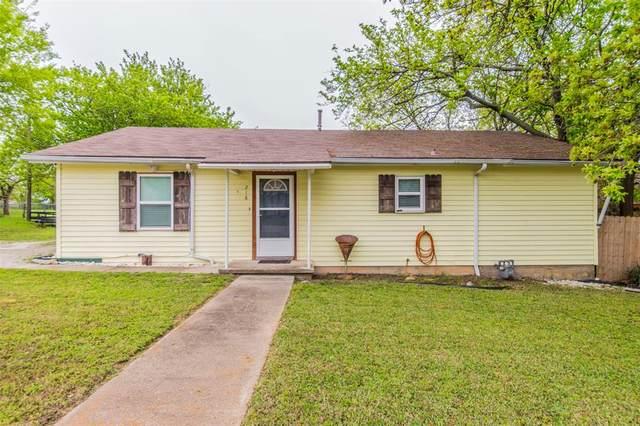 218 E 3rd Street, Weatherford, TX 76086 (MLS #14316731) :: Trinity Premier Properties