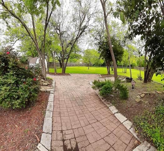 310 N Flat Street, Waxahachie, TX 75165 (MLS #14316743) :: RE/MAX Landmark