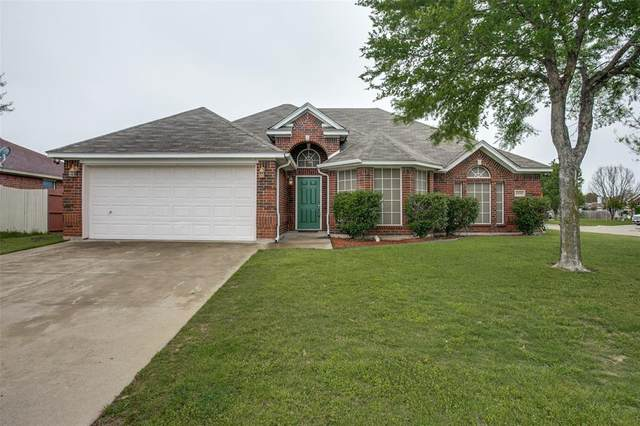 1100 Ben Drive, Burleson, TX 76028 (MLS #14317167) :: The Sarah Padgett Team