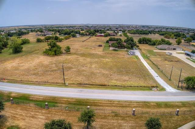 1297 Avondale Haslet Road, Fort Worth, TX 76052 (MLS #14317307) :: The Chad Smith Team