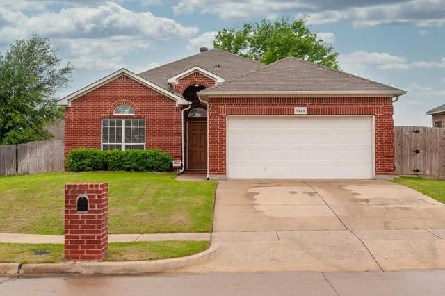 7926 Raton Ridge Lane, Arlington, TX 76002 (MLS #14317329) :: The Chad Smith Team
