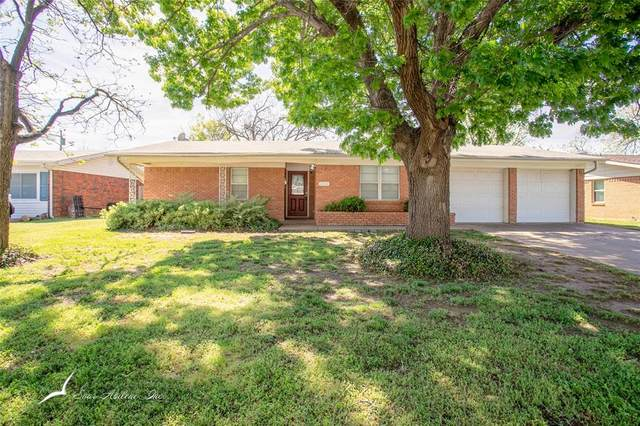 2208 Glenwood Drive, Abilene, TX 79605 (MLS #14317430) :: Real Estate By Design