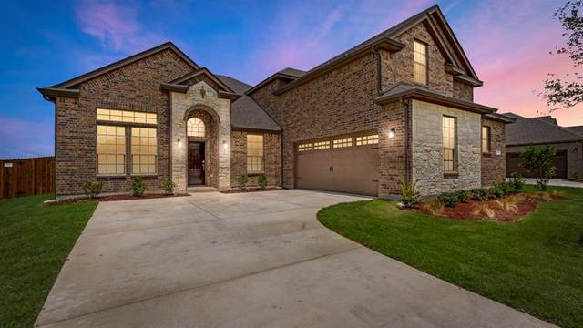 4411 Sugargrove Lane, Arlington, TX 76001 (MLS #14317432) :: The Sarah Padgett Team