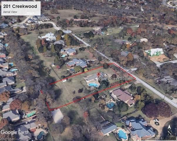 201 N Creekwood Drive, Mansfield, TX 76063 (MLS #14318065) :: The Hornburg Real Estate Group