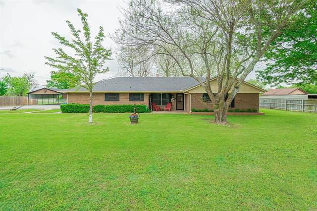2909 S Rolling Hills Drive, Sherman, TX 75092 (MLS #14318143) :: All Cities USA Realty