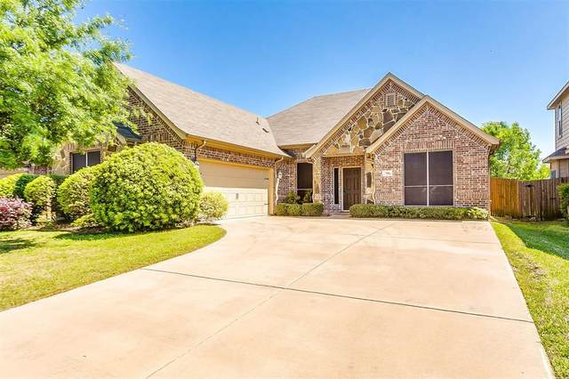 708 Plum Drive, Burleson, TX 76028 (MLS #14318148) :: The Hornburg Real Estate Group