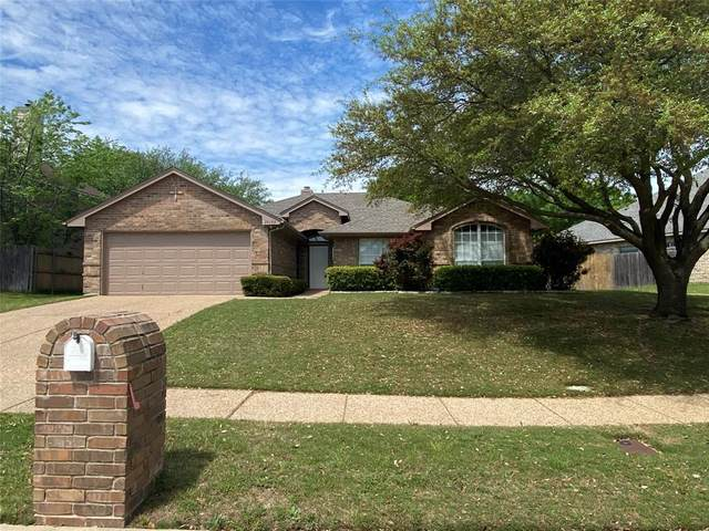 10159 Trail Ridge Drive, Benbrook, TX 76126 (MLS #14318436) :: Potts Realty Group