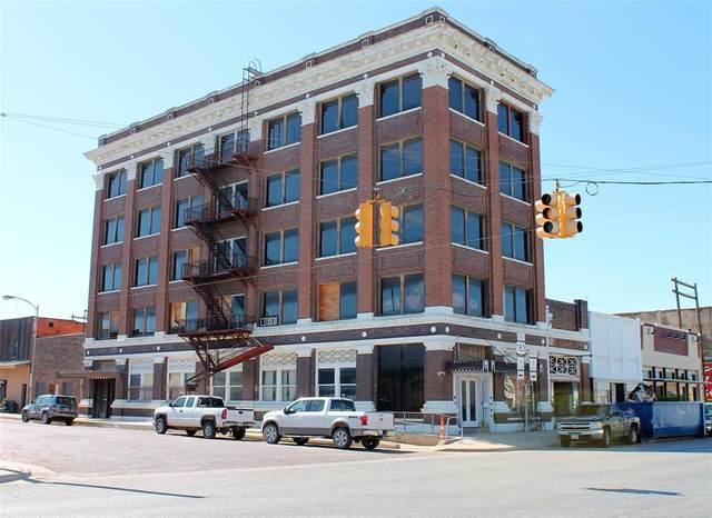 518 Conrad Hilton Boulevard, Cisco, TX 76437 (MLS #14318902) :: Real Estate By Design