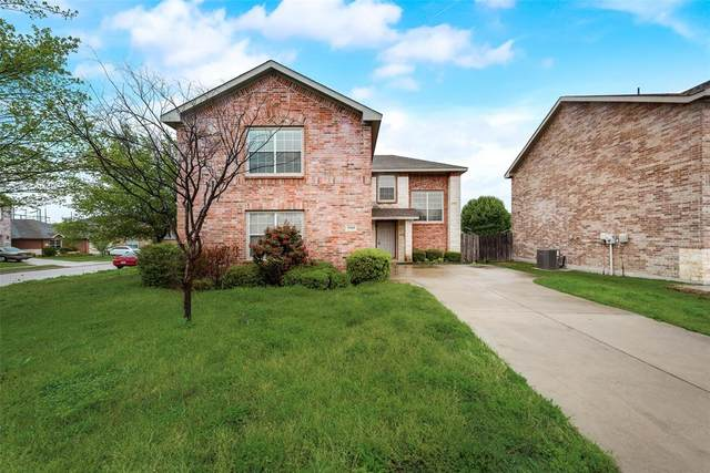 1910 Corriander Trail, Arlington, TX 76010 (MLS #14319570) :: The Hornburg Real Estate Group