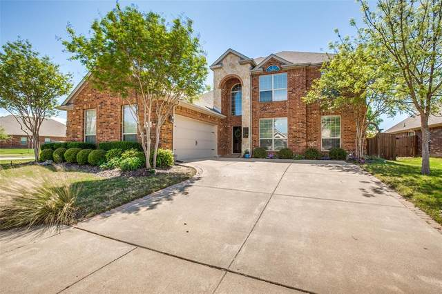 1200 Clairemont, Burleson, TX 76028 (MLS #14319691) :: The Hornburg Real Estate Group