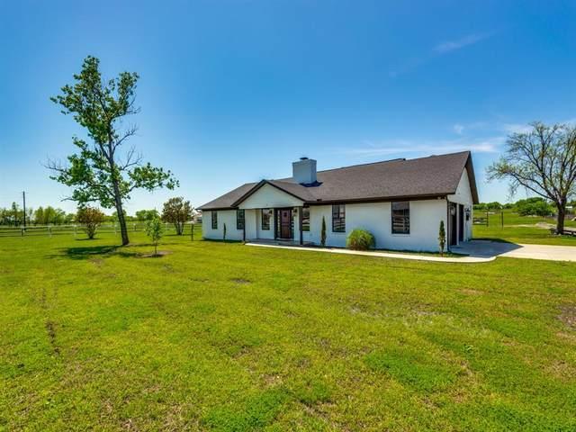 3939 Hopkins Road, Krum, TX 76249 (MLS #14319767) :: The Hornburg Real Estate Group