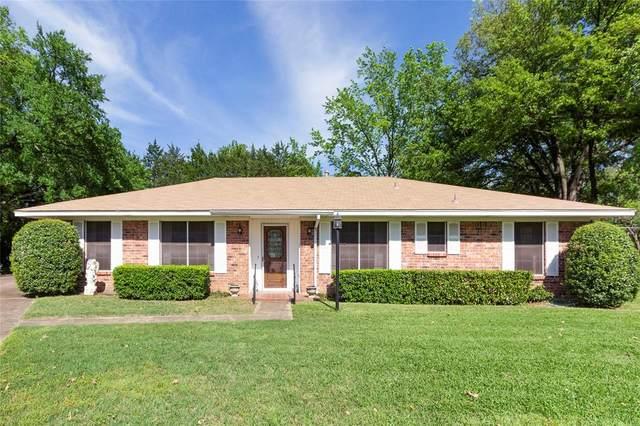 1122 Chevelly Court, Denton, TX 76209 (MLS #14319776) :: The Hornburg Real Estate Group
