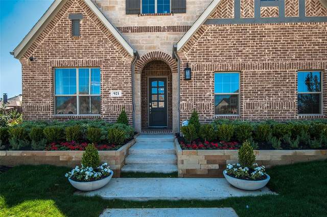 921 Fairway Ranch Parkway, Roanoke, TX 76262 (MLS #14319868) :: Robbins Real Estate Group