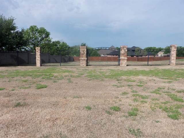 1512 Briar Crossing Drive, Decatur, TX 76234 (MLS #14320152) :: Maegan Brest | Keller Williams Realty