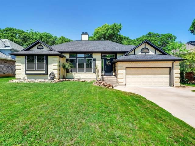 6833 Parkwood Drive, North Richland Hills, TX 76182 (MLS #14321520) :: Frankie Arthur Real Estate