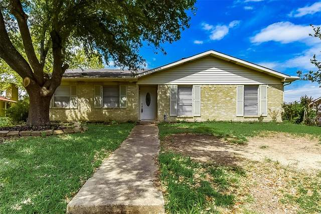 129 Meadowcrest Drive, Desoto, TX 75115 (MLS #14324392) :: The Mitchell Group