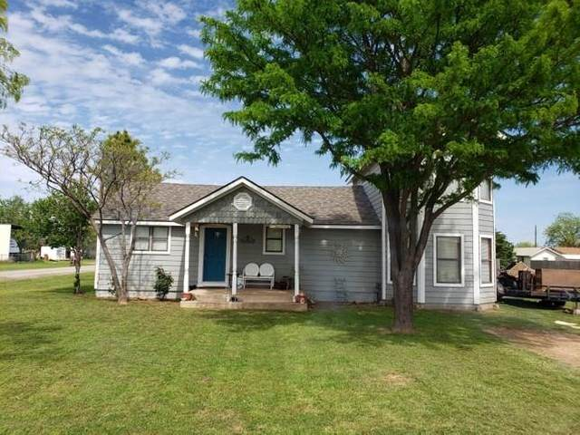 525 3rd Street, Hawley, TX 79525 (MLS #14326675) :: Tenesha Lusk Realty Group