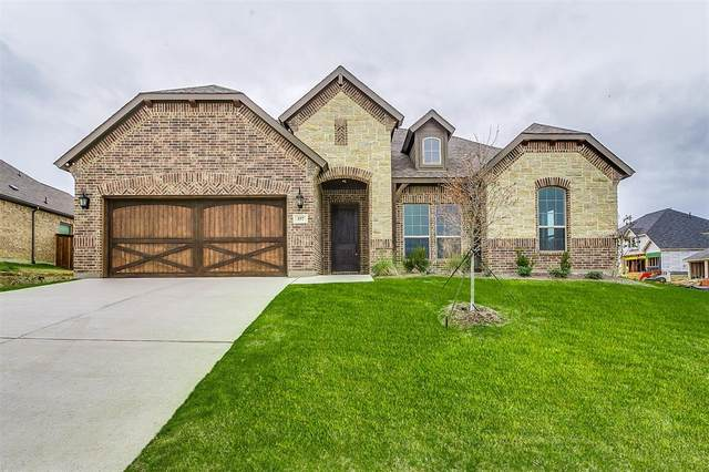 157 St Elias, Burleson, TX 76028 (MLS #14327983) :: The Mitchell Group