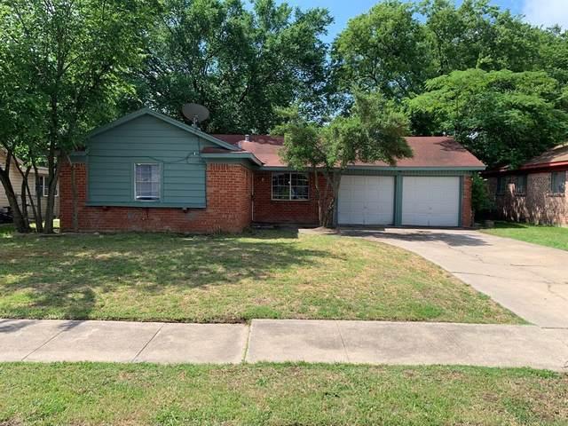 321 Johnson Avenue, Everman, TX 76140 (MLS #14330550) :: NewHomePrograms.com LLC