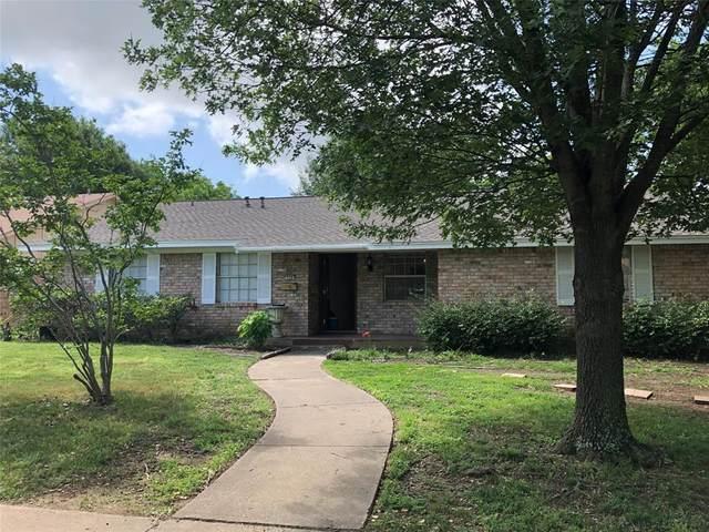 330 Van Rowe Avenue, Duncanville, TX 75116 (MLS #14330818) :: The Heyl Group at Keller Williams