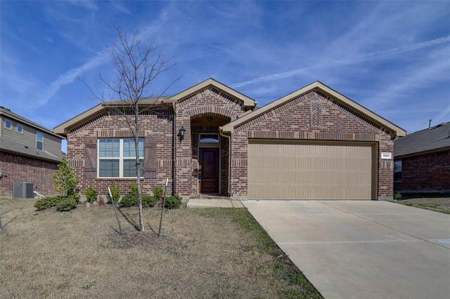 1328 Foxglove Lane, Burleson, TX 76028 (MLS #14333221) :: The Mitchell Group