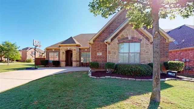 3701 Desert Willow Drive, Denton, TX 76208 (MLS #14333370) :: Frankie Arthur Real Estate