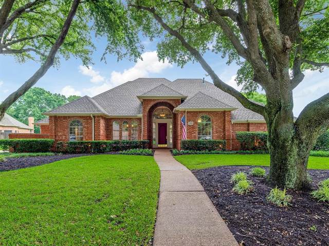 301 Gregg Court, Southlake, TX 76092 (MLS #14335391) :: The Heyl Group at Keller Williams