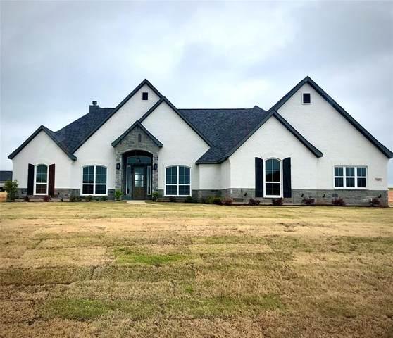 305 Trinty Avenue, Azle, TX 76020 (MLS #14335907) :: Real Estate By Design