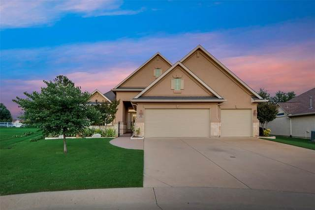 10901 Sandstone Drive, Denton, TX 76207 (MLS #14336149) :: Baldree Home Team