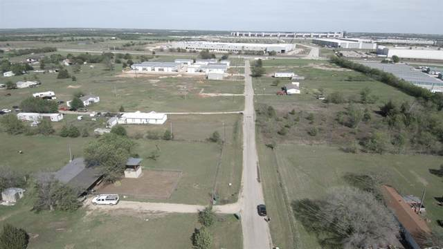 17528 Matany Road, Justin, TX 76247 (MLS #14336183) :: Maegan Brest | Keller Williams Realty
