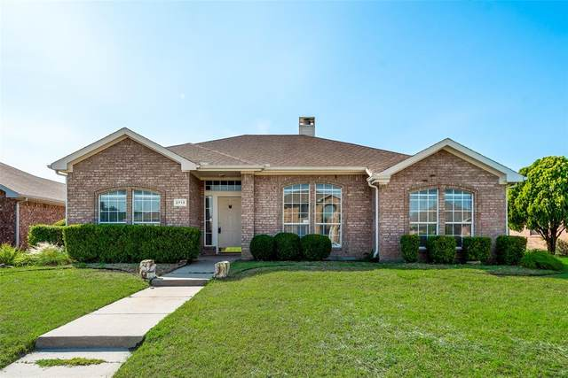 2713 Crooked Creek, Mesquite, TX 75181 (MLS #14336398) :: Real Estate By Design