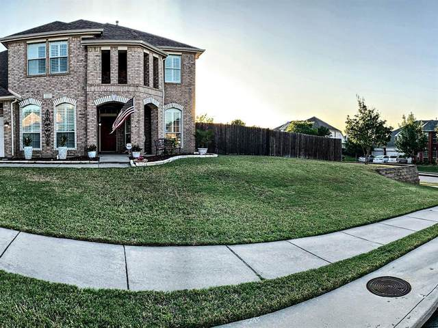 1523 Babbling Brook Drive, Grand Prairie, TX 75050 (MLS #14336411) :: Century 21 Judge Fite Company