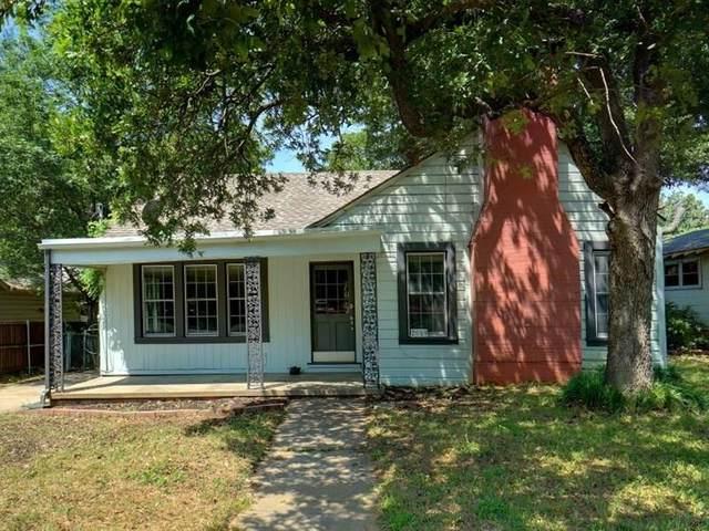 2019 N Locust Street, Denton, TX 76209 (MLS #14336444) :: The Mauelshagen Group